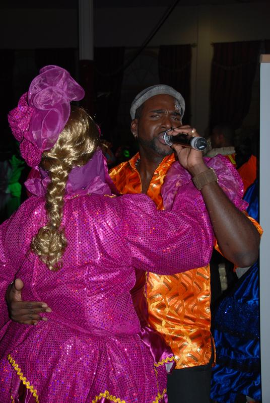 Chanteur dokonon et touloulou